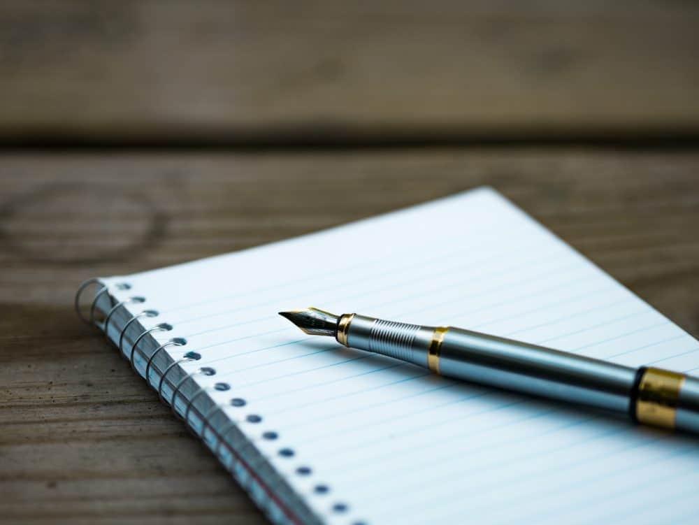 pen-blank-notebook