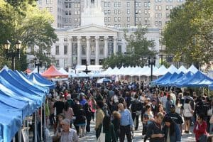 Photo of crowds at the Brooklyn Book Festival market