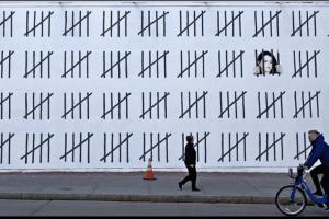 Free Zehra Dogan Banksy Grafitti