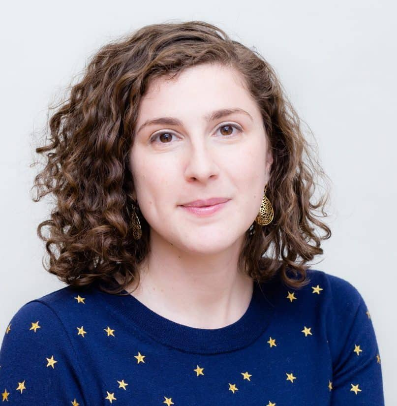 Viktorya Vilk headshot