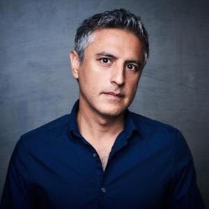 Reza Aslan headshot