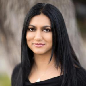 Sabaa Tahir headshot
