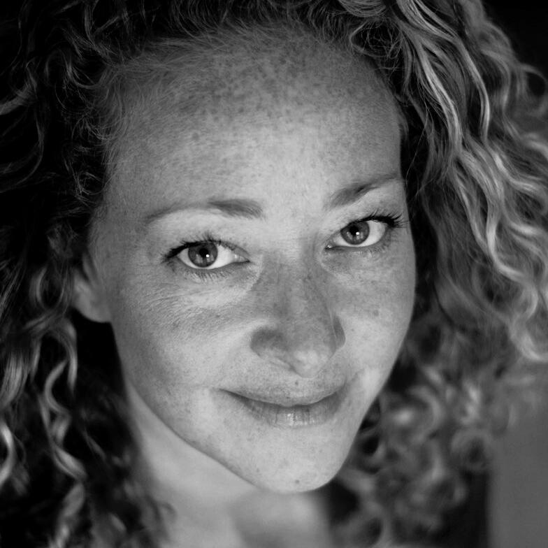 Ramona Ausubel headshot
