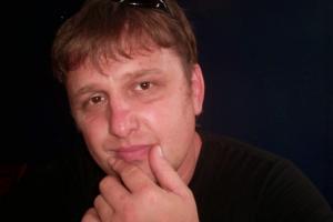 close up image of Ukrainian journalist Vladislav Yesypenko