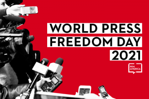 """Reporters, microphones, and cameras on left; on right: """"World Press Freedom Day 2021"""" and PEN America logo"""