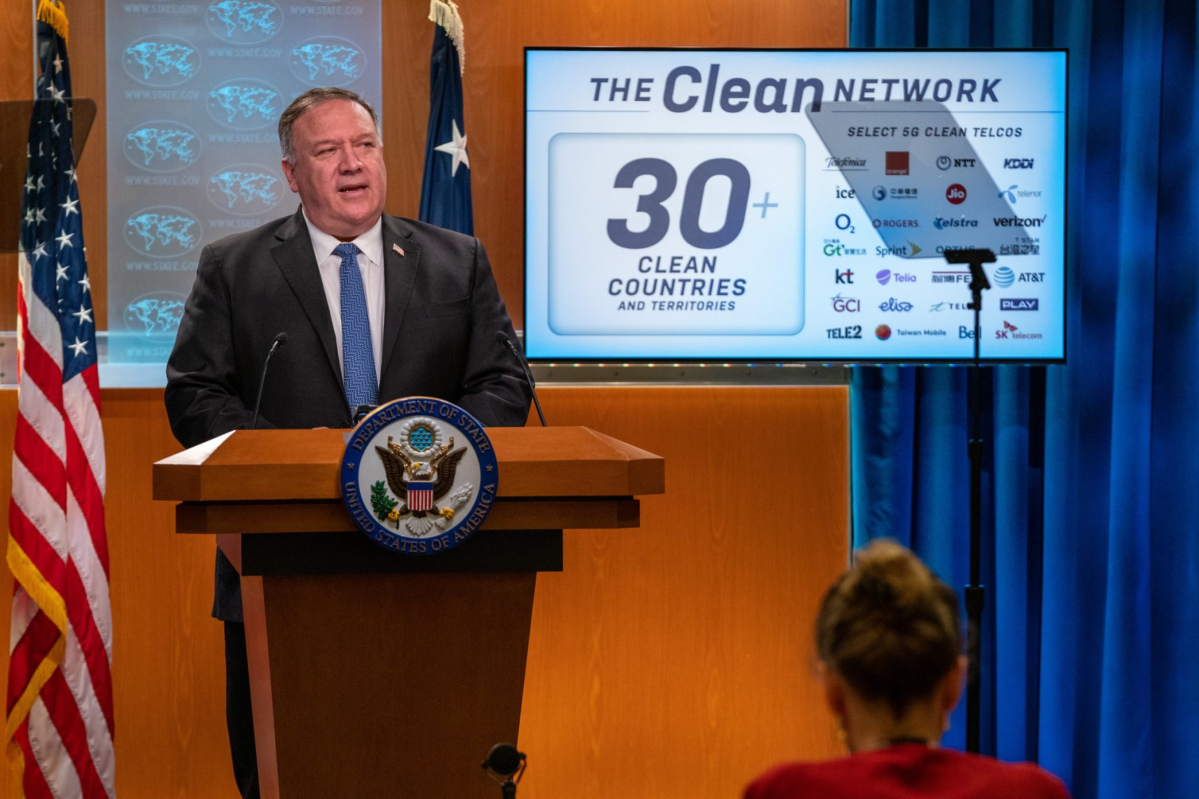 Michael Pompeo stands at a lectern.
