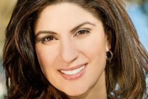 Nadia Hashimi headshot