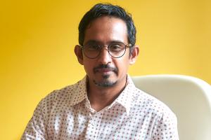 Nawaaz Ahmed headshot